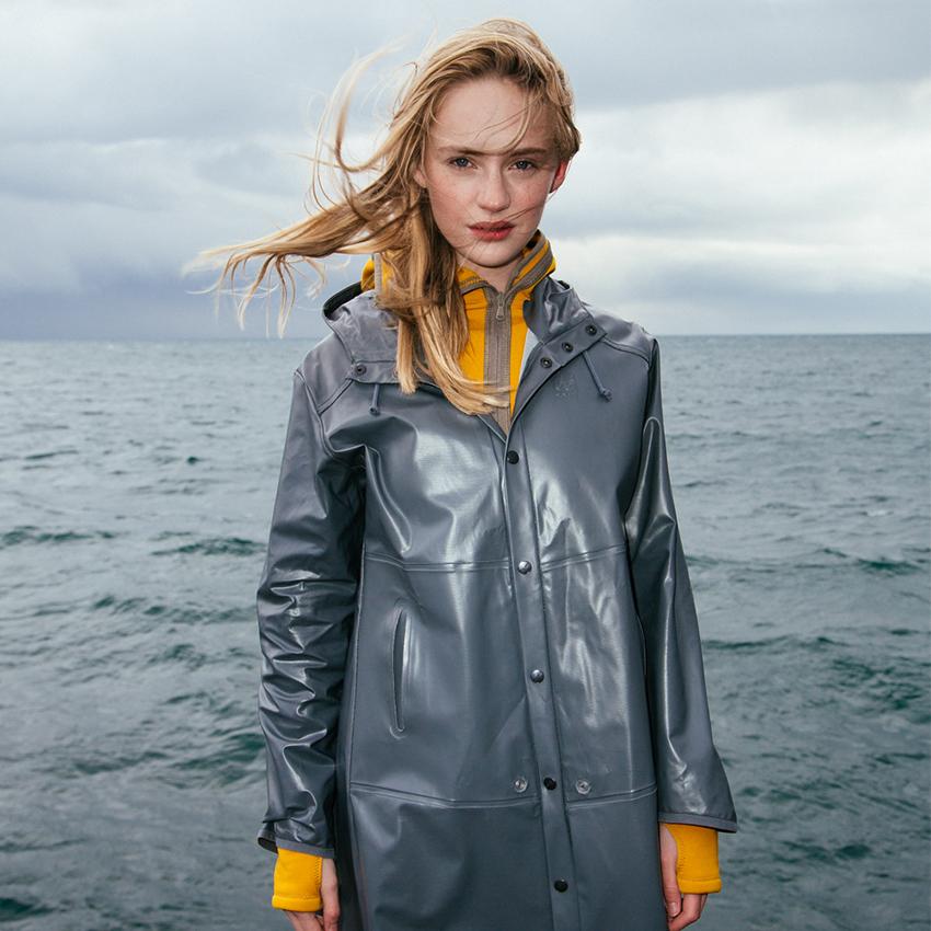 Esja rain coat